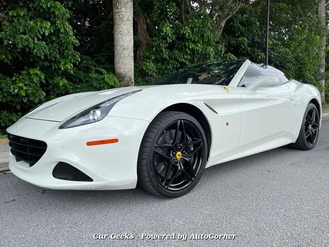 2016 Ferrari California Convertible T